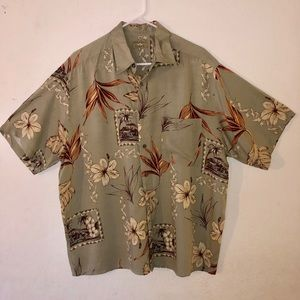 Natural issue mens Large olive Hawaiian Button Top